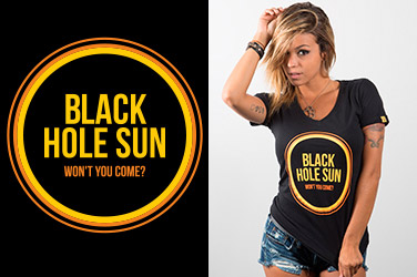 Camiseta Soundgarden - Black Hole Sun - Gola V